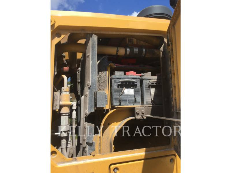 CATERPILLAR MOTORGRADER 12M3 equipment  photo 16