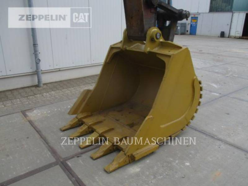 VOLVO CONSTRUCTION EQUIPMENT TRACK EXCAVATORS EC290BNLC equipment  photo 10
