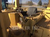 CATERPILLAR KETTENDOZER D7H equipment  photo 4