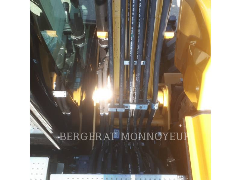 CATERPILLAR ESCAVADEIRAS DE RODAS M313D equipment  photo 12