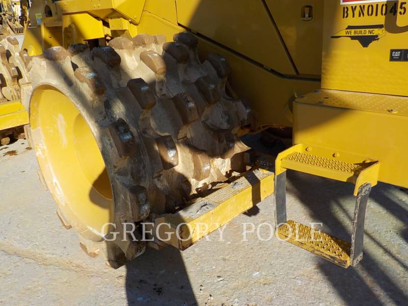 CATERPILLAR WHEEL DOZERS 815F II equipment  photo 14