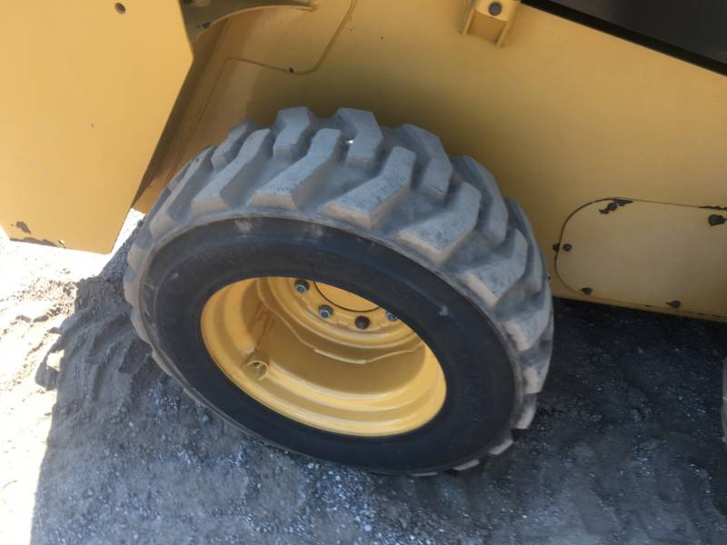 CATERPILLAR SKID STEER LOADERS 232D equipment  photo 10