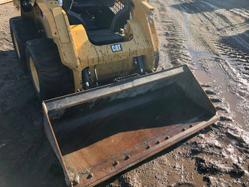 CATERPILLAR SKID STEER LOADERS 236D equipment  photo 16