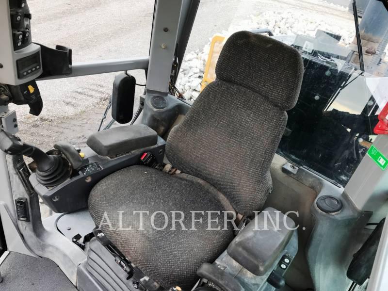 CATERPILLAR RÓWNIARKI SAMOBIEŻNE 140M2AWD equipment  photo 8