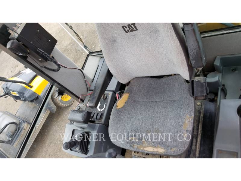 CATERPILLAR VIBRATORY SINGLE DRUM SMOOTH CS56 equipment  photo 18