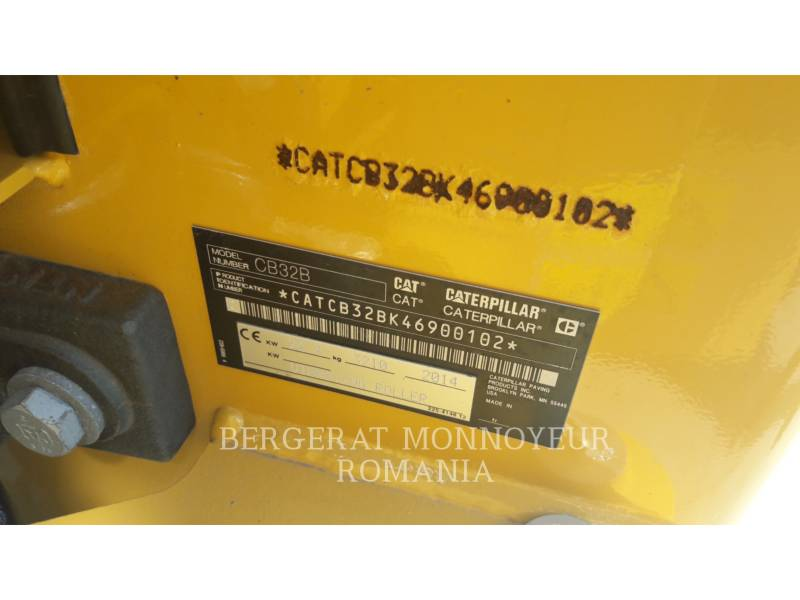 CATERPILLAR TANDEMOWY WALEC WIBRACYJNY DO ASFALTU (STAL-STAL) CB32BLRC equipment  photo 7