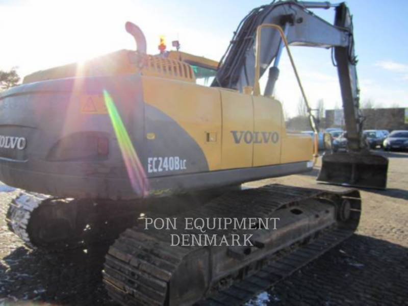 VOLVO CONSTRUCTION EQUIPMENT PELLES SUR CHAINES EC240BLC equipment  photo 6