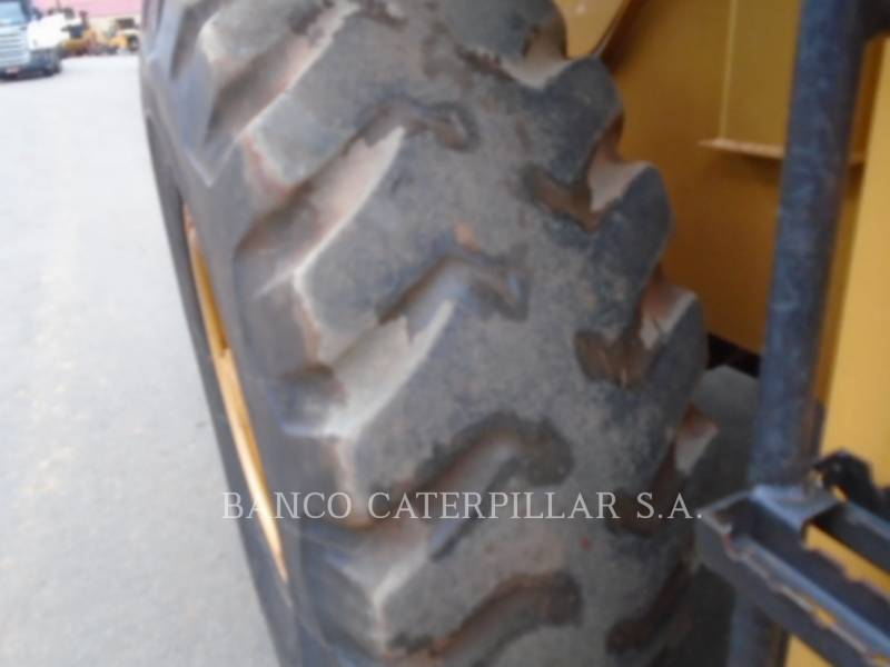CATERPILLAR CARGADORES DE RUEDAS 938H equipment  photo 12