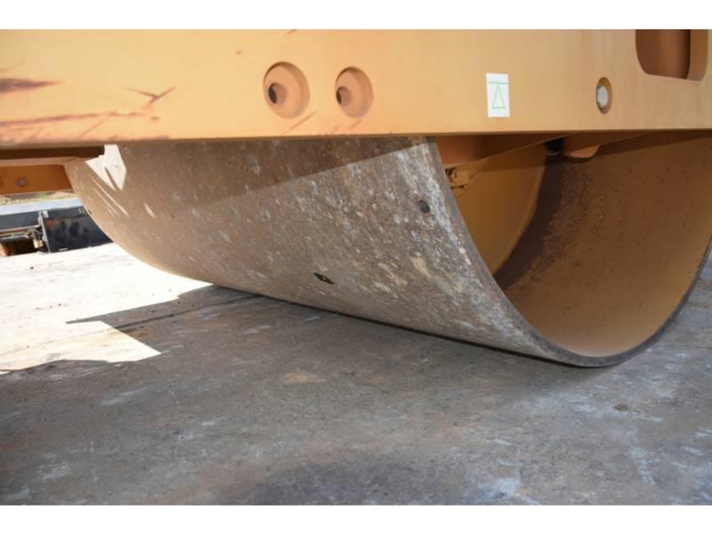 CATERPILLAR COMPACTEURS MIXTES CS54B equipment  photo 16