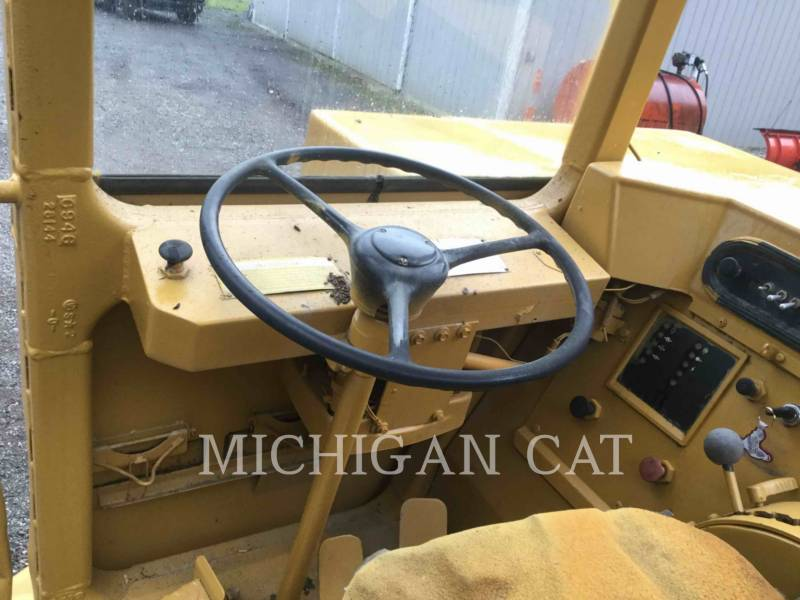 CATERPILLAR WHEEL TRACTOR SCRAPERS 613C equipment  photo 5