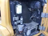 JOHN DEERE PELLES SUR CHAINES 60G equipment  photo 8