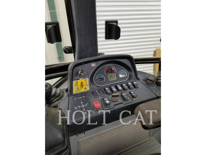 CATERPILLAR CHARGEUSES-PELLETEUSES 420F C4E equipment  photo 8