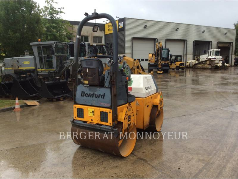 TEREX CORPORATION COMPACTADORES TV1200 equipment  photo 4