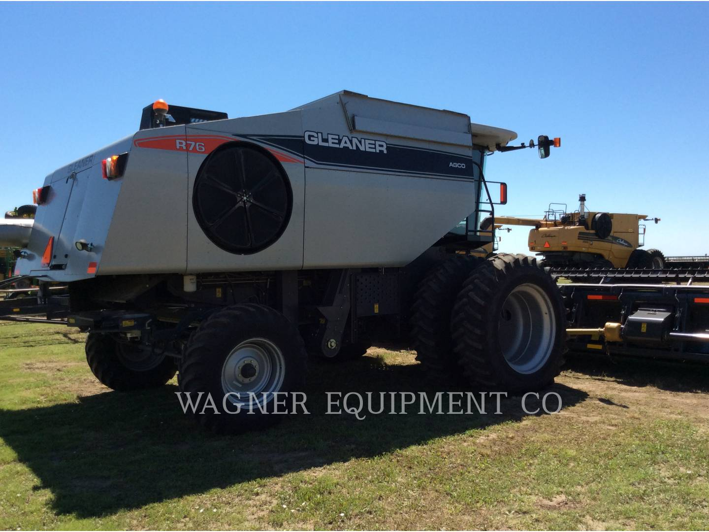Detail photo of 2011 Gleaner R76 from Construction Equipment Guide