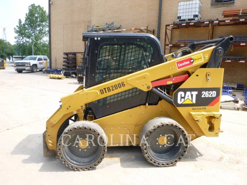 CATERPILLAR SKID STEER LOADERS 262D CB HF equipment  photo 1