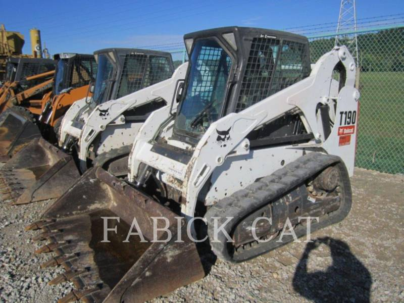 BOBCAT UNIWERSALNE ŁADOWARKI T190 equipment  photo 11
