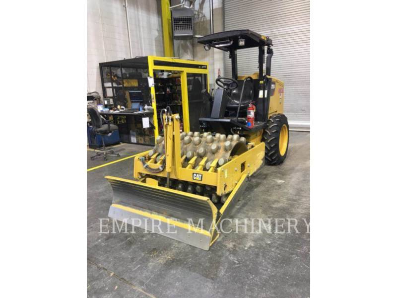 CATERPILLAR COMPACTEUR VIBRANT, MONOCYLINDRE À PIEDS DAMEURS CP34 equipment  photo 3