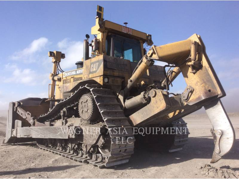 CATERPILLAR BERGBAU-KETTENDOZER D10 T equipment  photo 8