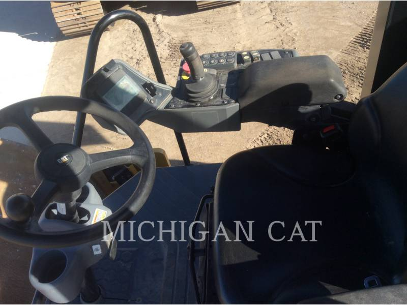 CATERPILLAR VIBRATORY SINGLE DRUM SMOOTH CS54B equipment  photo 13