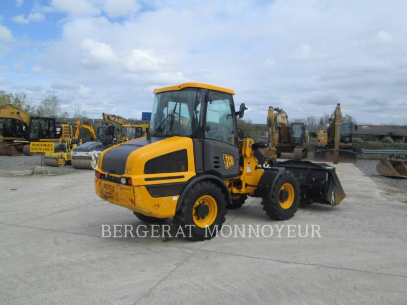 JCB WHEEL LOADERS/INTEGRATED TOOLCARRIERS 407BT4 equipment  photo 7