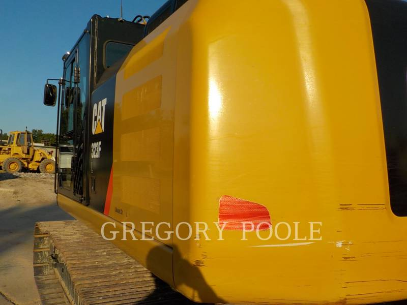 CATERPILLAR TRACK EXCAVATORS 323F L equipment  photo 9