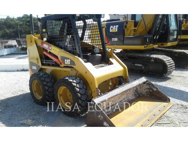 CATERPILLAR MINICARGADORAS 226B3LRC equipment  photo 1