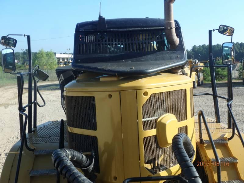 CATERPILLAR CAMIONES ARTICULADOS 740B equipment  photo 9