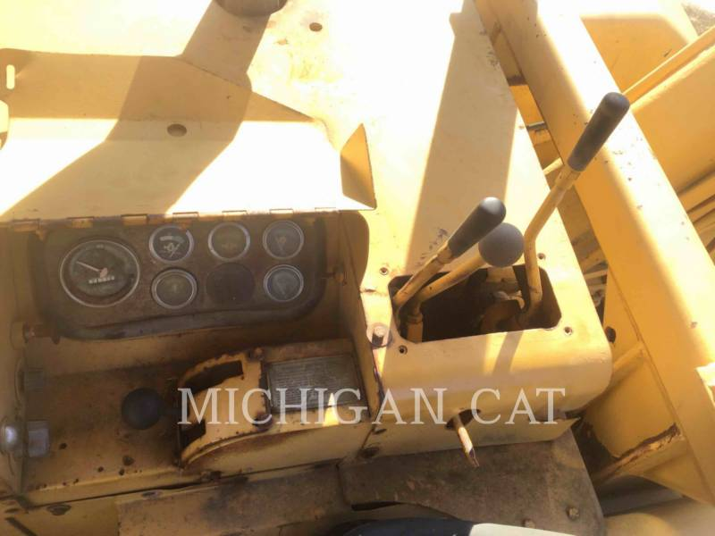 CATERPILLAR WHEEL TRACTOR SCRAPERS 613 equipment  photo 22
