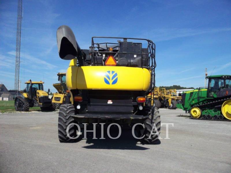 CASE/NEW HOLLAND KOMBAJNY CR9040 equipment  photo 3