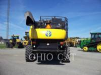 CASE/NEW HOLLAND COMBINES CR9040 equipment  photo 3