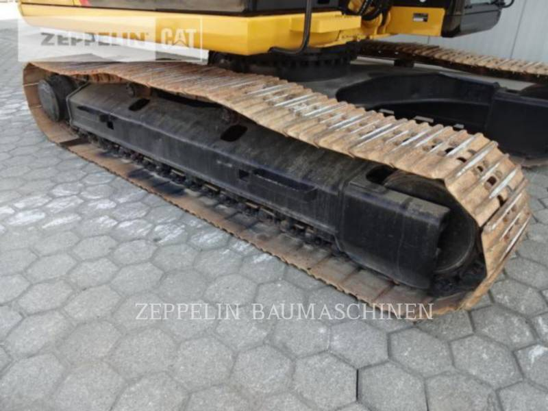 CATERPILLAR ESCAVATORI CINGOLATI 323D2L equipment  photo 14