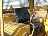 CATERPILLAR TRACK TYPE TRACTORS D6D equipment  photo 6