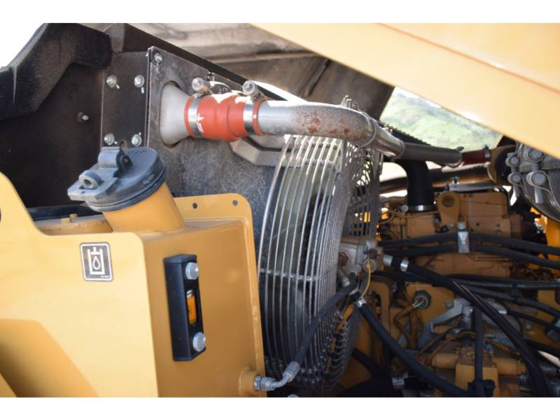 CATERPILLAR PNEUMATIC TIRED COMPACTORS CW 34 equipment  photo 16