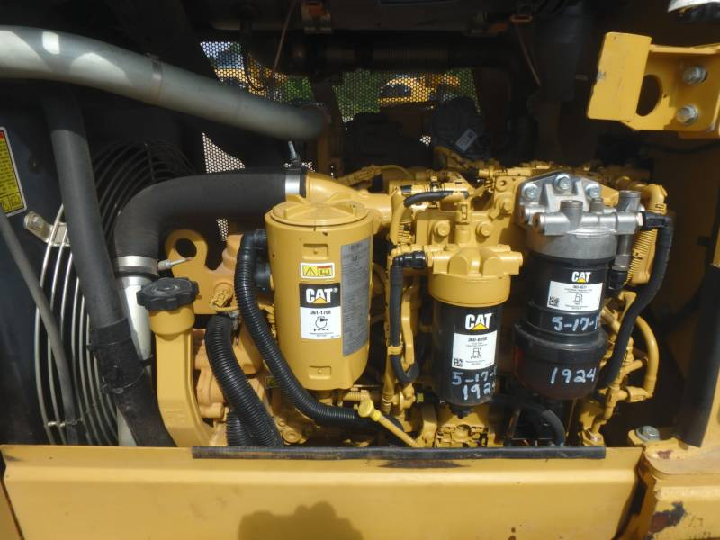 CATERPILLAR TRATORES DE ESTEIRAS D5K2XL equipment  photo 24