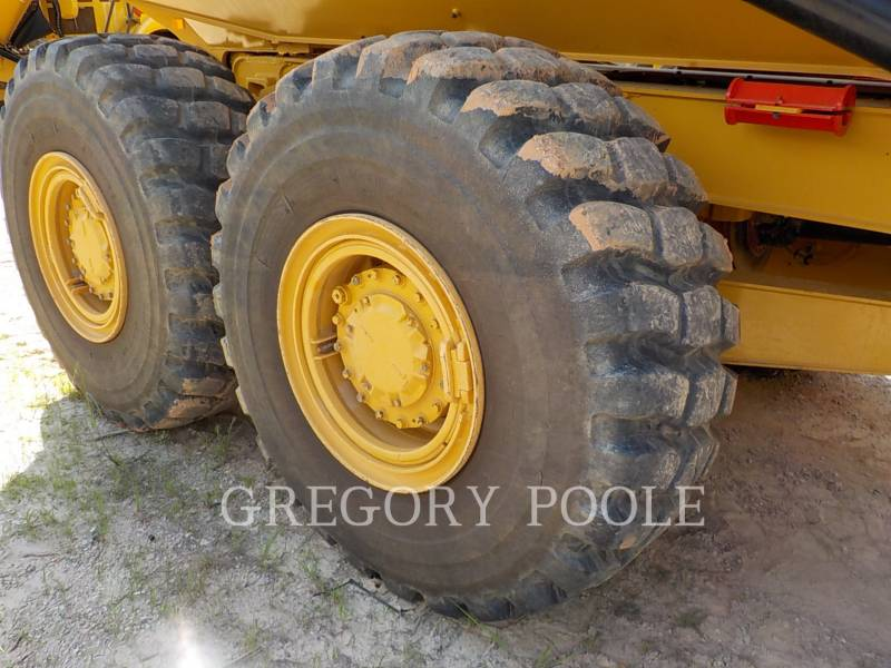 CATERPILLAR CAMIONES ARTICULADOS 730C equipment  photo 22