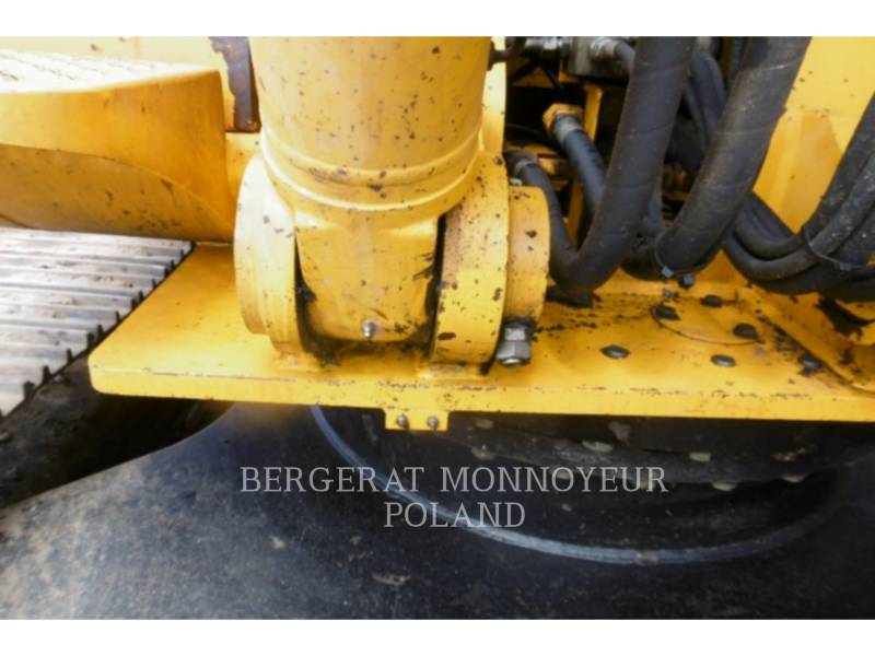 JCB KETTEN-HYDRAULIKBAGGER 240LC equipment  photo 15