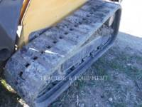 JOHN DEERE SKID STEER LOADERS 329D equipment  photo 8
