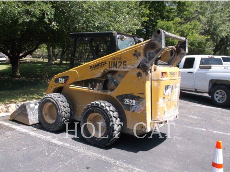 CATERPILLAR CHARGEURS COMPACTS RIGIDES 252B3 equipment  photo 4