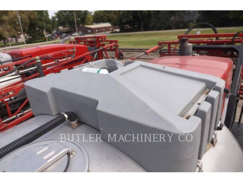 CASE/INTERNATIONAL HARVESTER SPRAYER 4420 equipment  photo 2