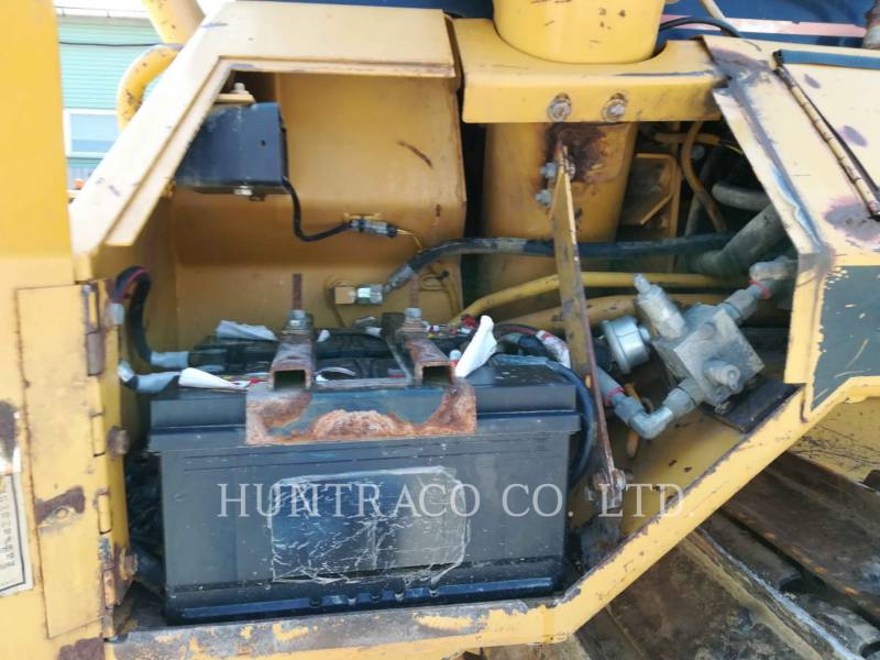 CATERPILLAR TRACK TYPE TRACTORS D5MLGP equipment  photo 20
