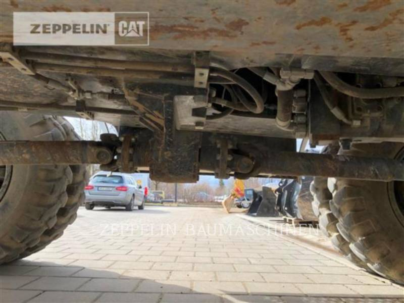 CATERPILLAR PELLES SUR PNEUS M313D equipment  photo 18