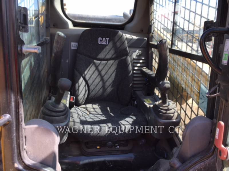 CATERPILLAR SKID STEER LOADERS 249D equipment  photo 5