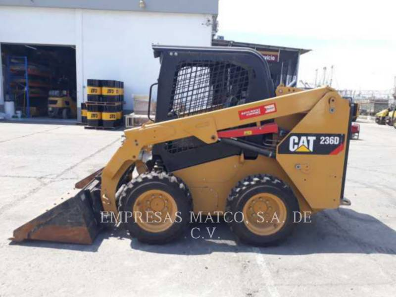 CATERPILLAR KOMPAKTLADER 236DLRC equipment  photo 1