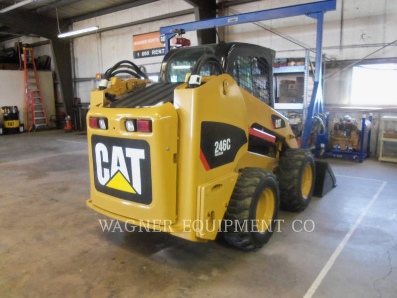 CATERPILLAR SCHRANKLADERS 246C equipment  photo 3