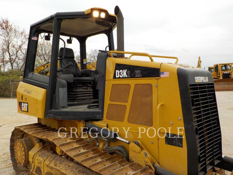 CATERPILLAR TRACK TYPE TRACTORS D3K2 XL equipment  photo 4