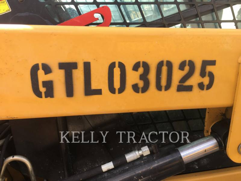 CATERPILLAR PALE CINGOLATE MULTI TERRAIN 279D equipment  photo 17