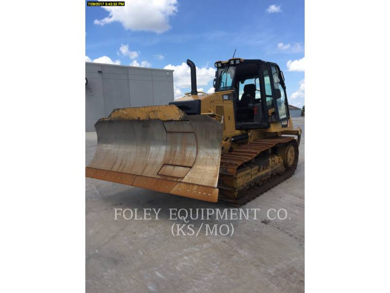 CATERPILLAR TRACK TYPE TRACTORS D6K2XLA equipment  photo 2
