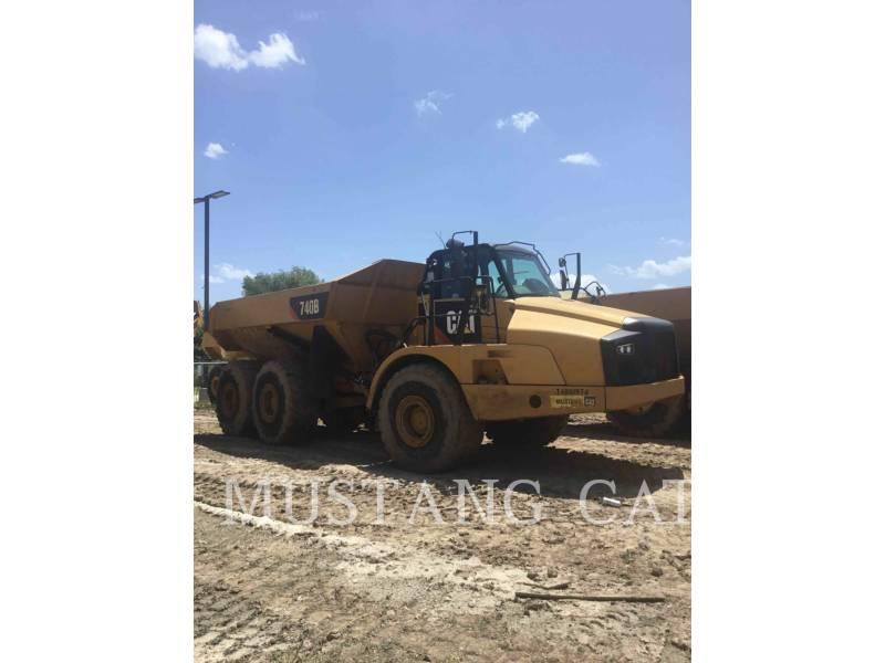 CATERPILLAR KNICKGELENKTE MULDENKIPPER 740B equipment  photo 2