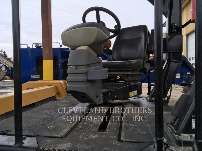 CATERPILLAR COMPACTORS CB64 equipment  photo 5