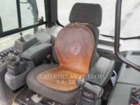 CATERPILLAR TRACTEURS SUR CHAINES D6KXL equipment  photo 7
